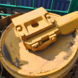处理卡特山工推土机SEM22原厂链条履带板 引导轮山工原厂配件